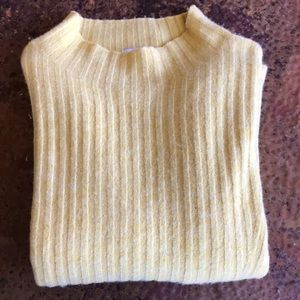 {Old Navy} Mustard Sweater. Size M. Like new.